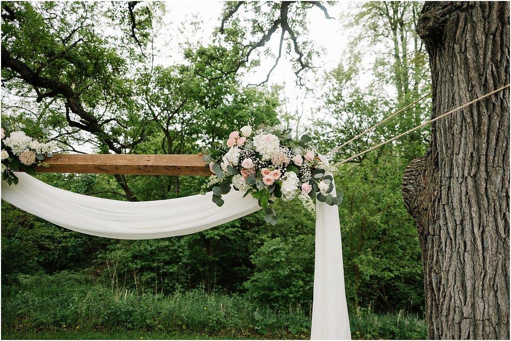 S_A_Chicago_Area_Rockford_Rustic_Joyful_Vibrant_Wedding_0089.jpg