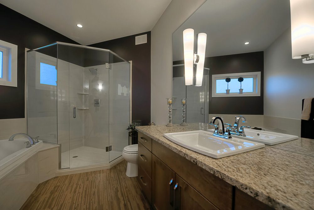 07 - 1981sqft_Windermere_Ensuite_Bungalow_Sage Creek.jpg
