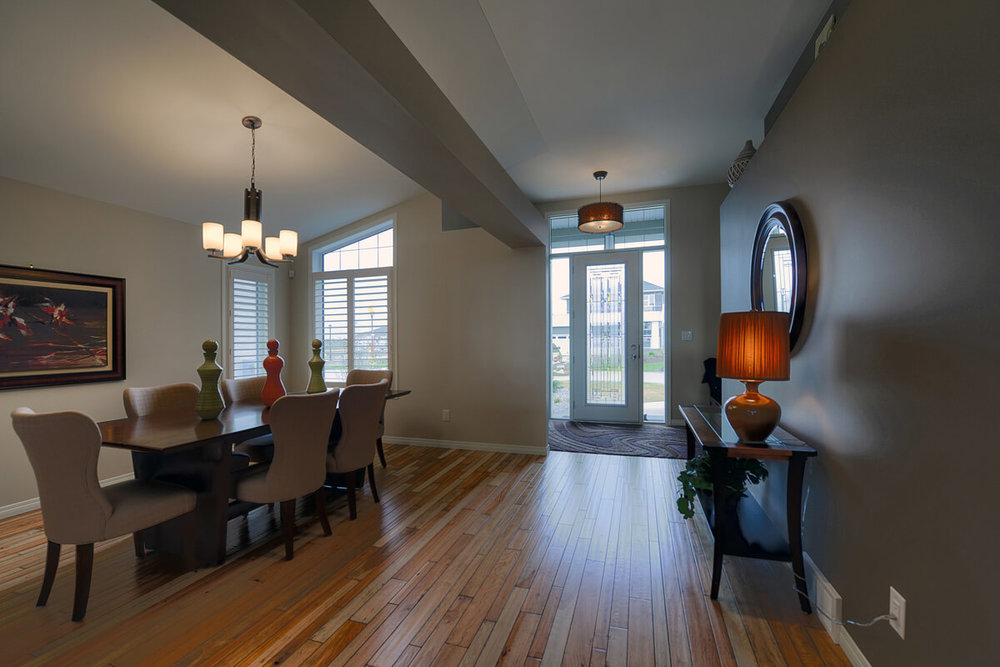 04-1865sqft_Emerald iii_Dining Room_Bungalow_Sage Creek.jpg