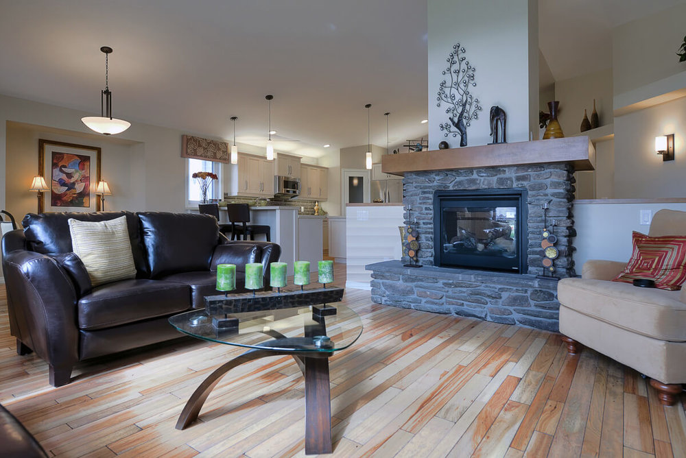 05-1865sqft_Emerald iii_Great Room_Bungalow_Sage Creek.jpg