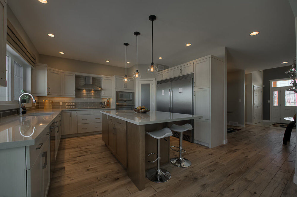 02-2652sqft_Winchester_Kitchen_2 Storey_Bridgwater Lakes.jpg