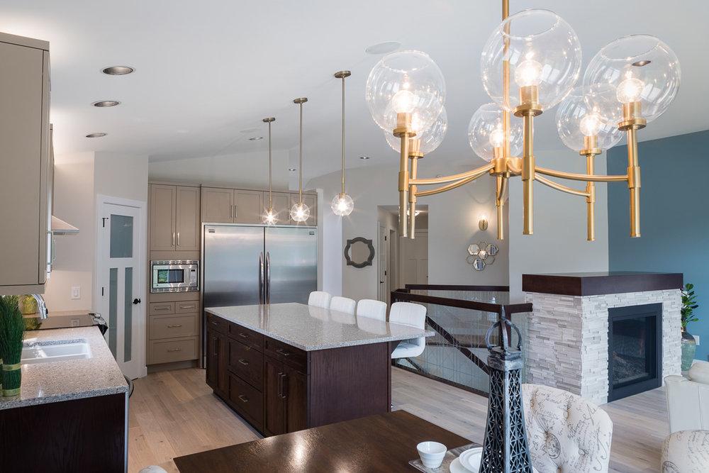 1751sqft_emerald v_bungalow_interior_ridgewood west_kitchen open concept.jpg