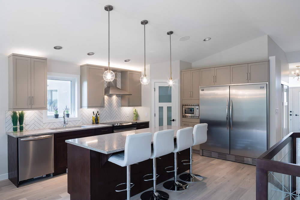 1751sqft_emerald v_bungalow_interior_ridgewood west_kitchen.jpg