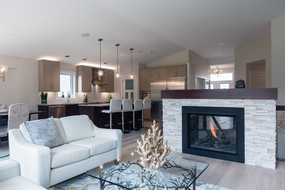 1751sqft_emerald v_bungalow_interior_ridgewood west_two sided fireplace.jpg
