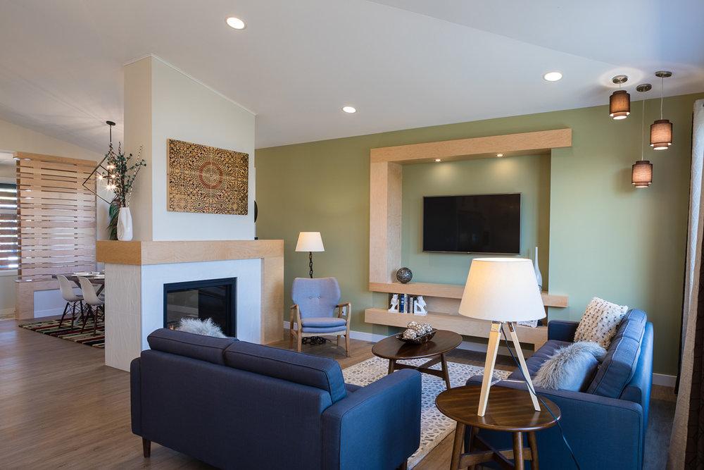 1815sqft_silverstone ii_bungalow_interior_sage creek_great room.jpg