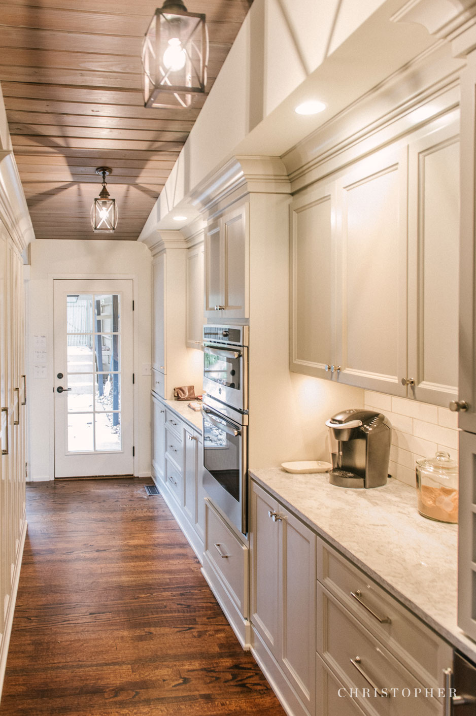 Mid Century Modern Kitchen - butler's pantry