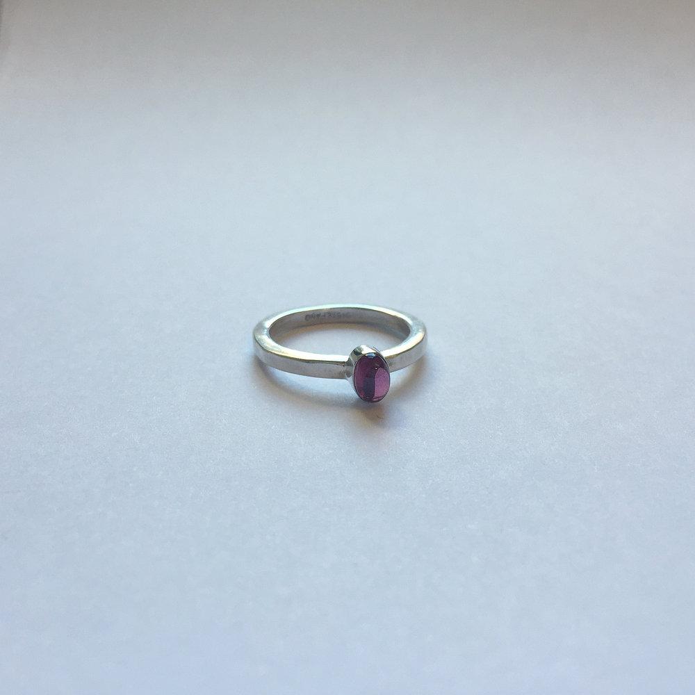 $150 Sterling Silver & Oval Garnet Ring