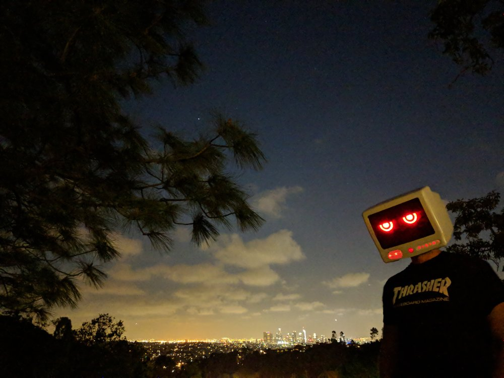 los angeles robot 2.jpg