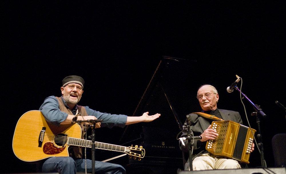 Photograph of John McGann and Joe Derrane at Skirball