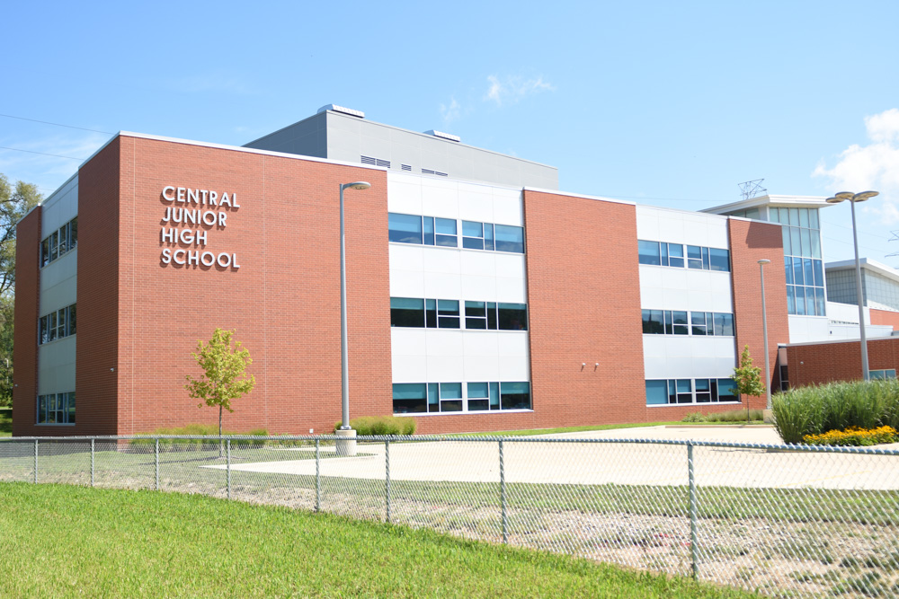 Central Junior High School.JPG
