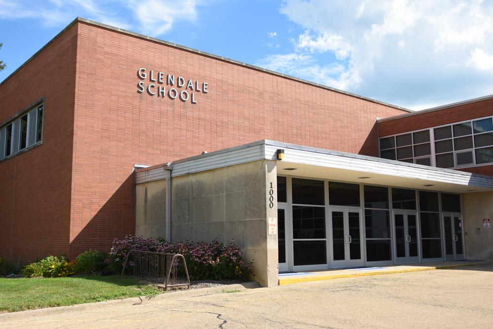 Glendale School.JPG