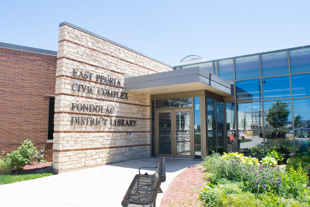 Fondulac District Library.JPG