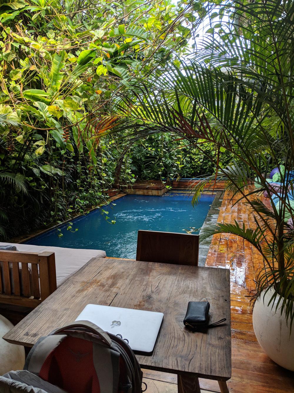 Dojo pool and desk