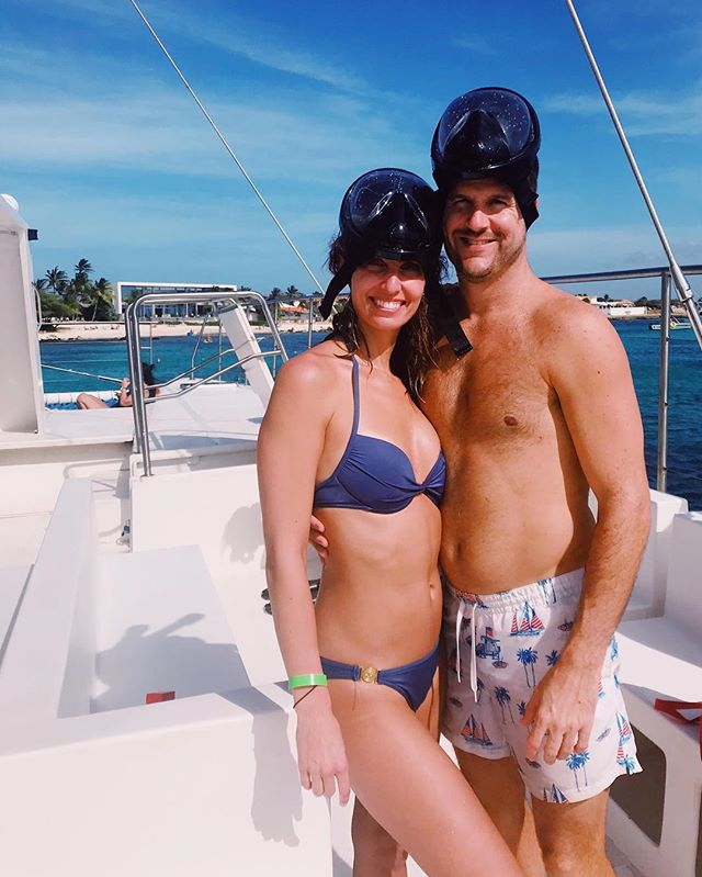 It's time we upgrade to scuba... . . . #snorkeling #aruba #arubaonehappyisland #vacation #travel #traveloften #travelblogger # #coulleswhotravel #catamaran