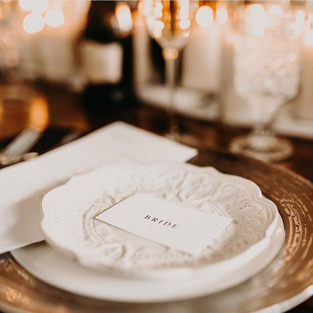 Sometimes you need a little simplicity, and a lot of heart. These place cards not only had simply elegant text, but some blind embossed lines too! Working with Angelica over at @whiskeykissevents was a dream. For realsies. She gives it to you straight, and isn't afraid to show you her true self. Also. She likes whiskey. Any babe who drinks whiskey is a friend of mine! Or bourbon. Is it too early for an old fashioned? . . . Planning + Design Styling: @whiskeykissevents Photography: @shelbytaylorphotography Venue: @anahata_collaborative Florals: @appleblossom_flowers Stationery: #etuiandco Rentals: @rudyseventrentals + @lineneffects Hair + Makeup: @cristinaziemerbeauty Jewelry: @princessjewelrymn Bride: @sylviaibanks . . . #bohowedding #bohobride #boho #bohostyle #organiccalligraphy #modernwedding #moderncalligraphy #indiewedding #indiebride #alternativebride #alternativewedding #2018bride #2019bride #styledshoot #fineartweddingphotography #fineartstationery #bespokedesign #bespokeinvitations #custominvitations #customstationery #perfectlyimperfect #junebugweddings #greenweddingshoes #stationerydesign #stationary #stationery #etuiandco