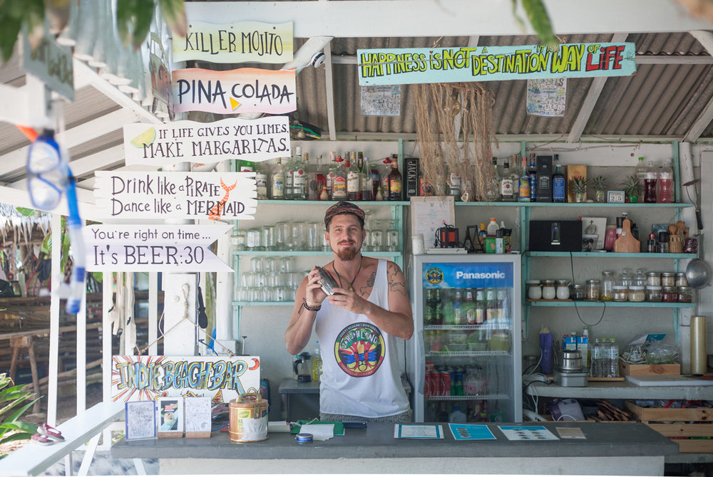 Indie_beach_bungalows_bar_paradise.jpg