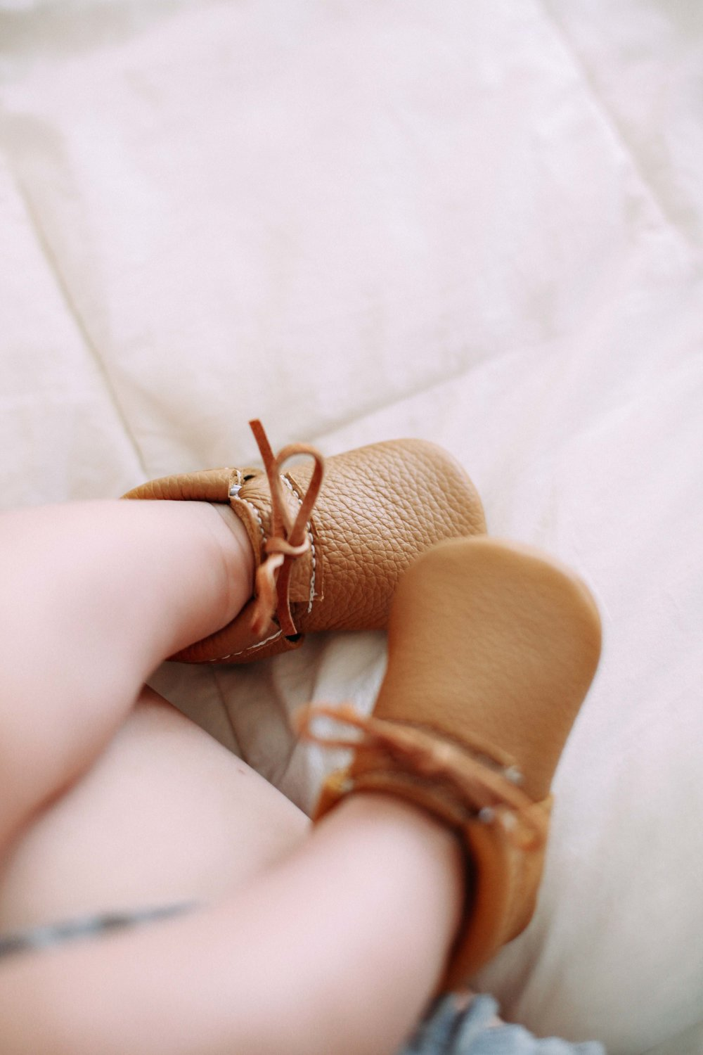 tan-leather-baby-moccasins-4.jpg
