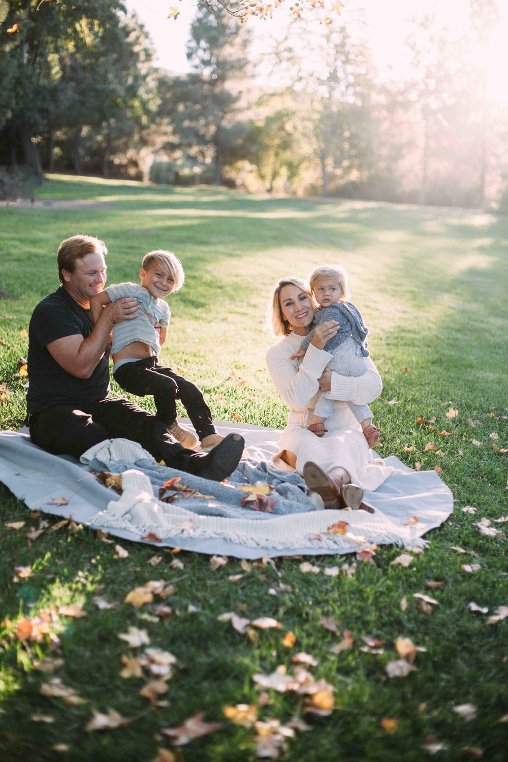 fall-family-portraits-turning-leaves-san-dieguito-park-9.jpg