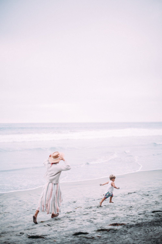 anthropologie-beach-sweater-meghan-nicole-photography-20.jpg