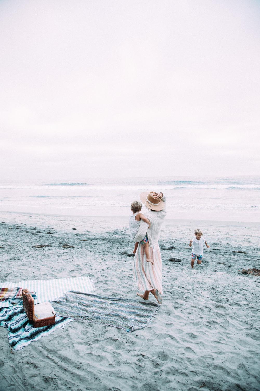 anthropologie-beach-sweater-meghan-nicole-photography-22.jpg
