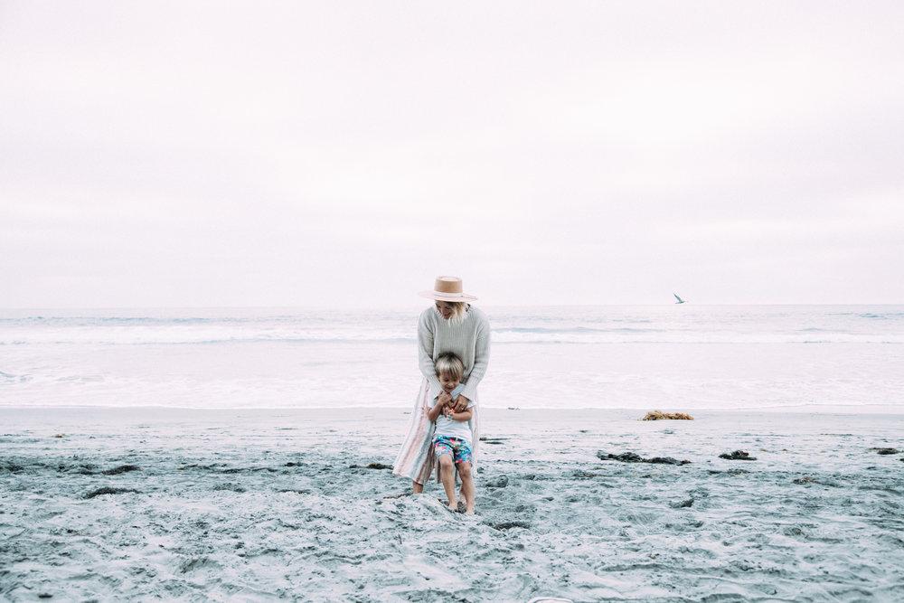 anthropologie-beach-sweater-meghan-nicole-photography-24.jpg