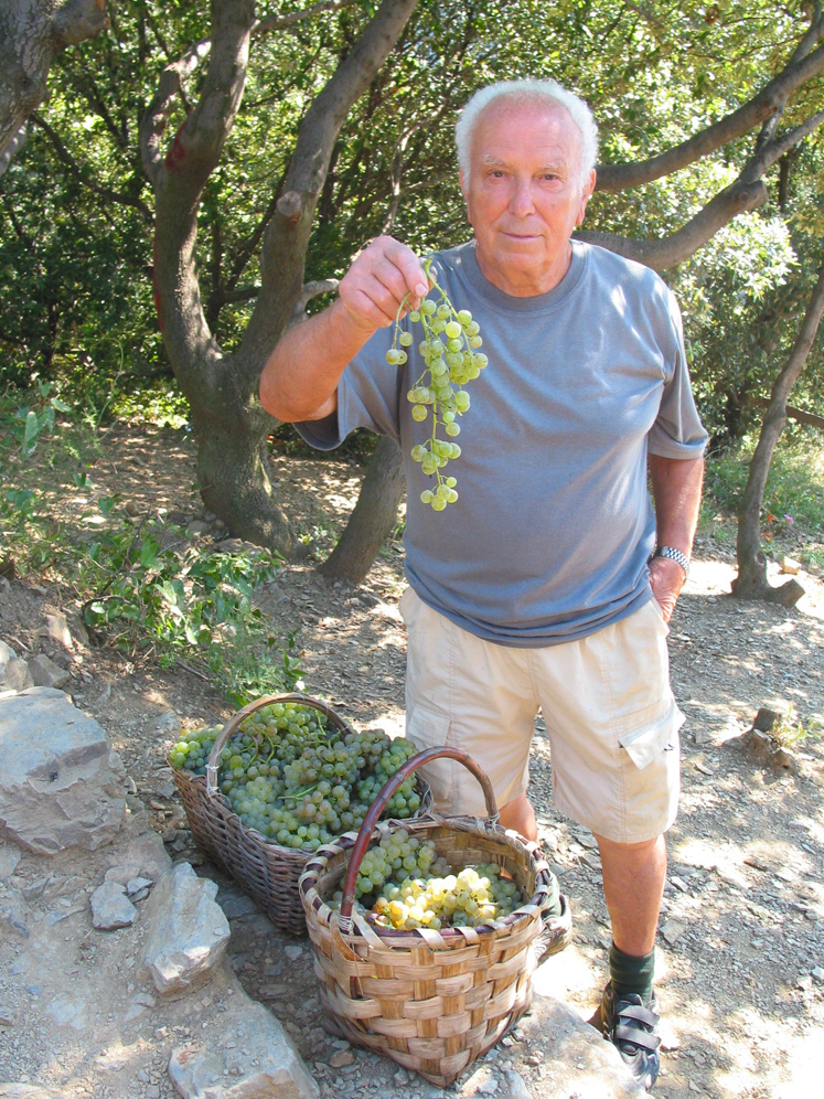 Selling vermentino to hungry hikers on the Cinque Terre trail.