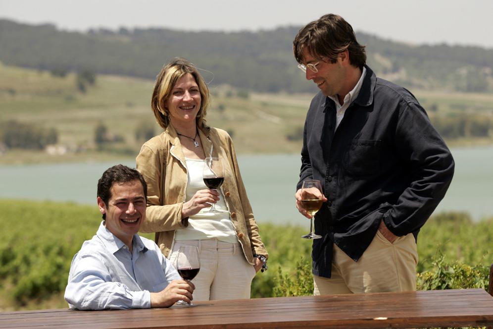 Santi, Francesca & Alessio Planeta,courtesy Planeta