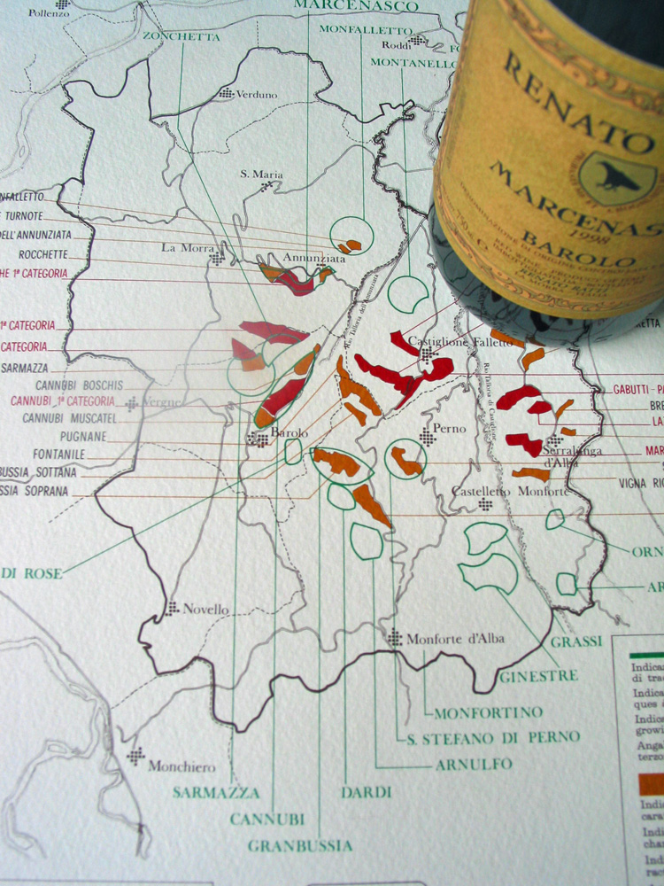 Ratti's ground-breaking Barolo cru map.