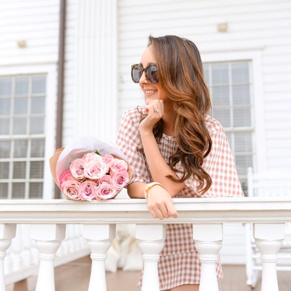 Luisa of @peachestopearls - Lifestyle Blogger