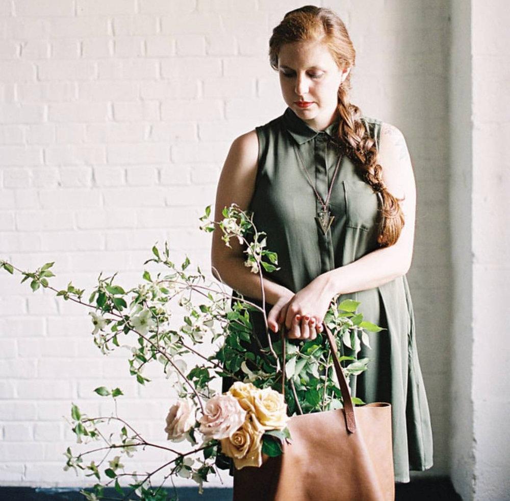 Alyssa of @gingerroseflowers - Florist