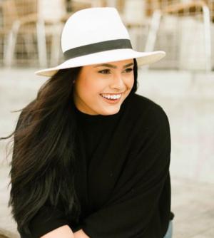 Meet Alexandria, the photographer behind @vivaluxphotography