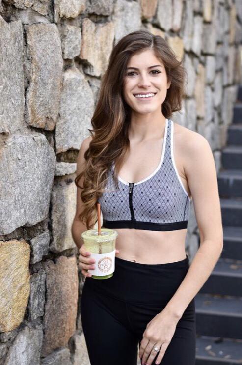 Meet Savana, wellness blogger behind @savjimenez