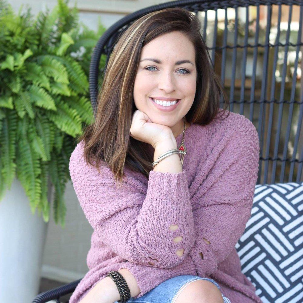 Meet Rachel,co-founder of @bohobus boutique and photobus