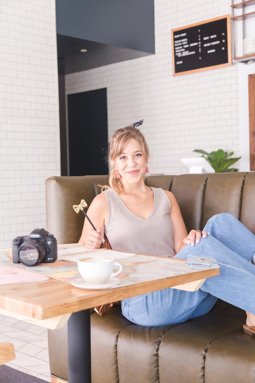 Meet Talia,travel blogger behind @takeoffwithtal
