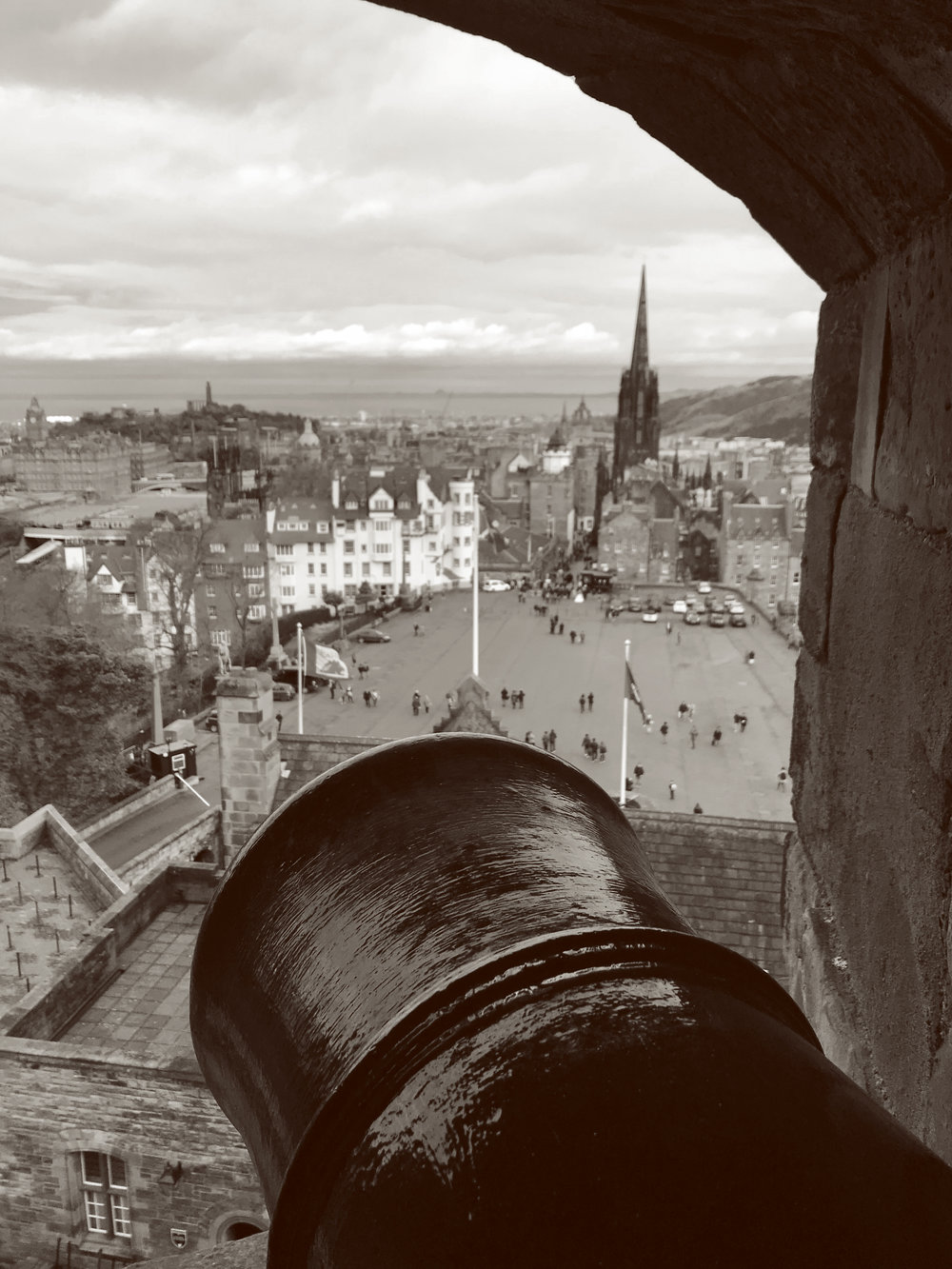 Edinburgh_castle3.jpg