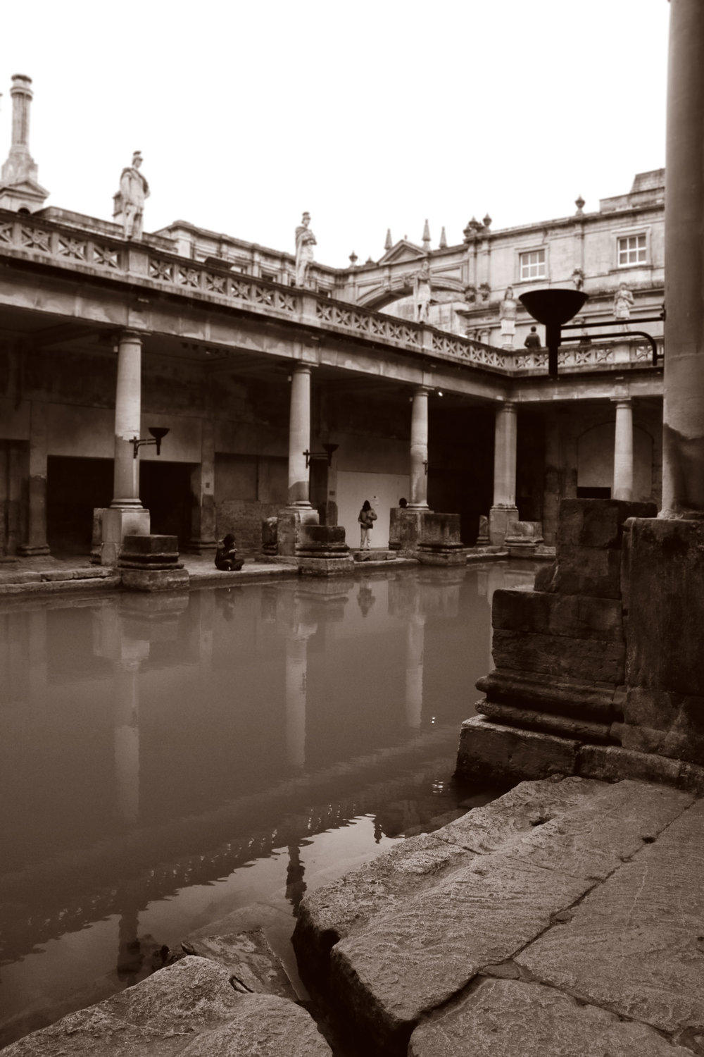 Roman-Bath4_duo_web.jpg