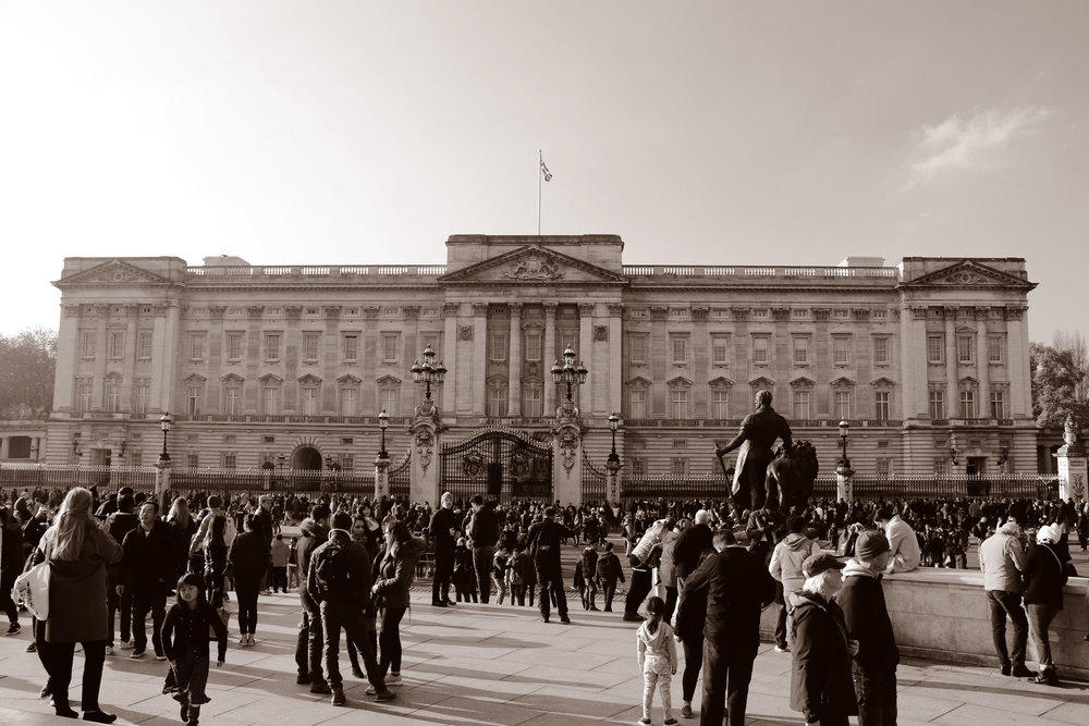 buckingham-Palace_duo_web.jpg