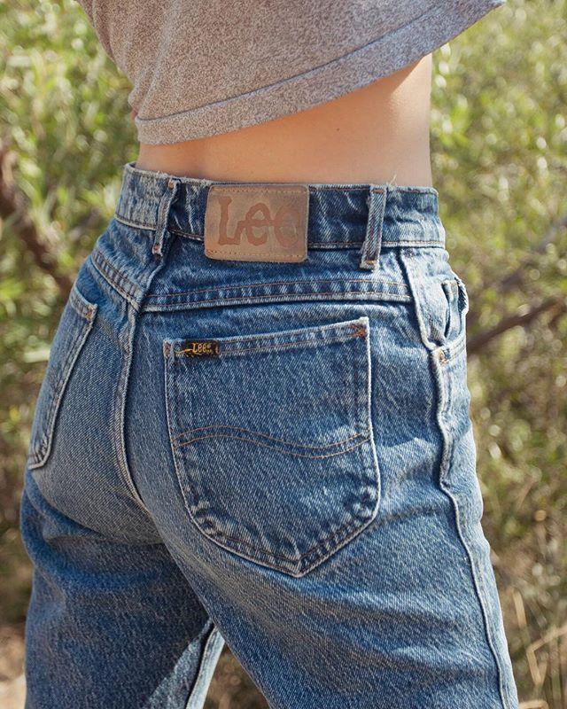 TOMORROW @silverlakeflea 😘 12-5pm • • #thelucidfox #vintage #vintagedenim #silverlake #saturdays #losangeles #vintagespecials #lee #denim #silverlakeflea #womensvintage