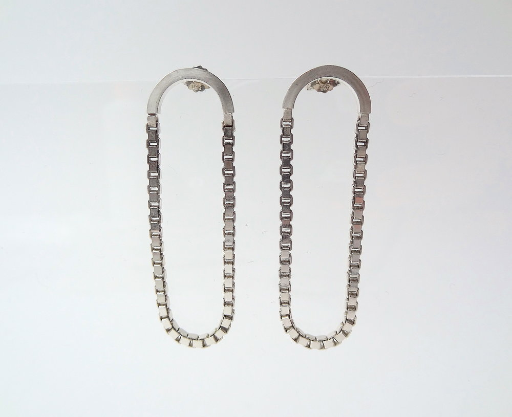 earrings long oval chain and wire.JPG