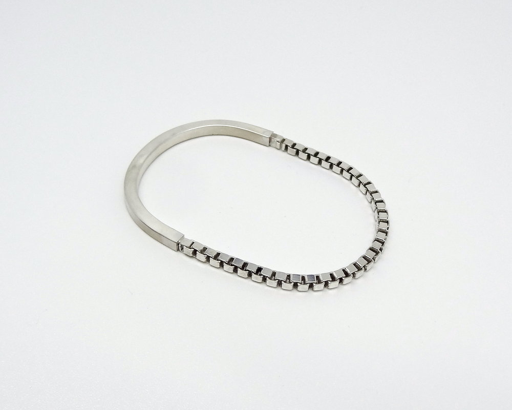 bracelet chain and tube angle.JPG