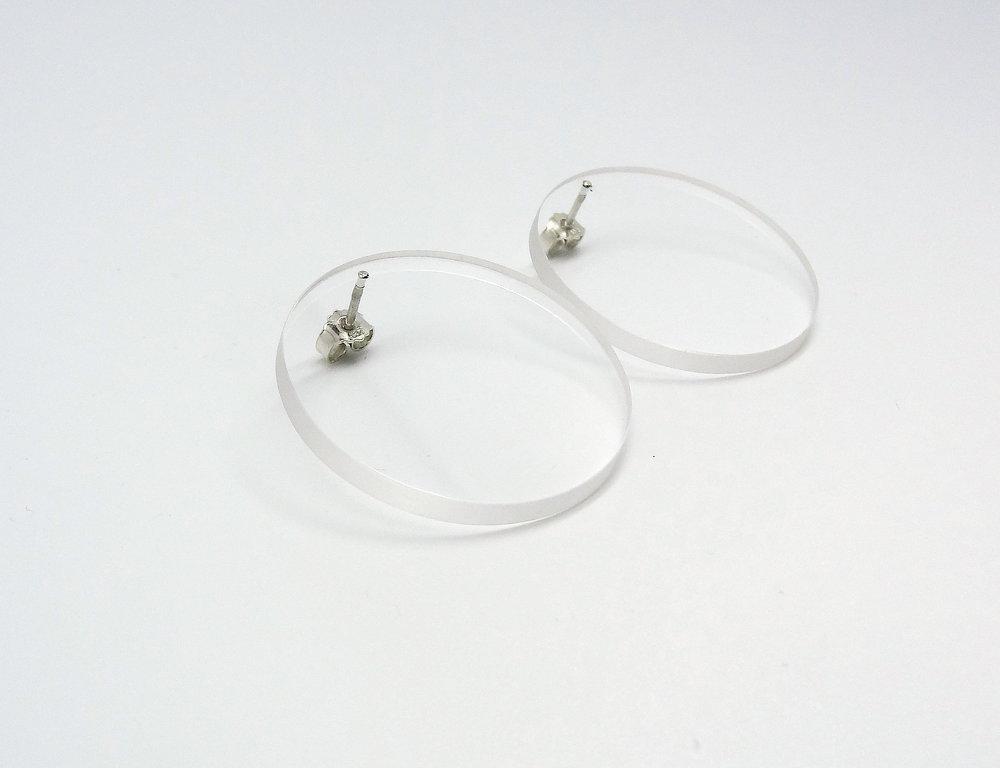 acrylic cirles big side angle.JPG