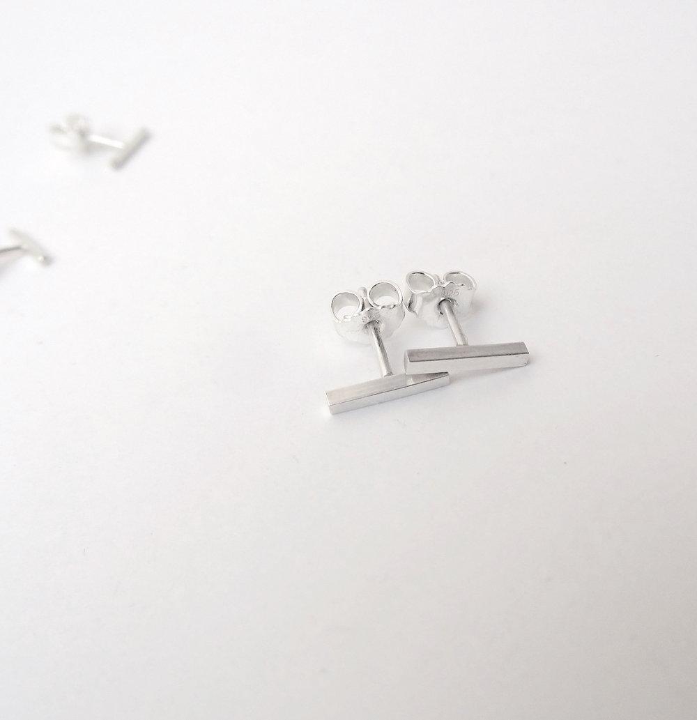 simple bar stud earrings silver jewellery