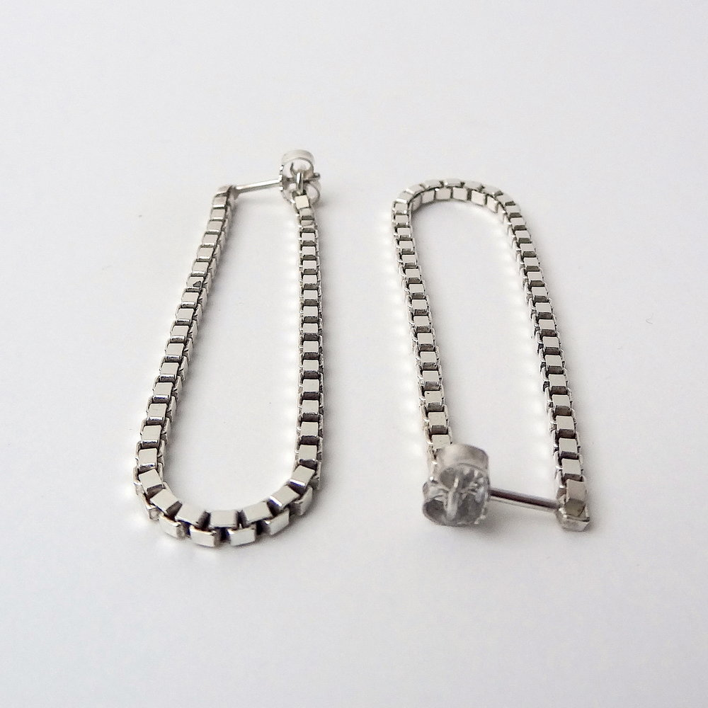 1 earrings sideways U shape tb.JPG