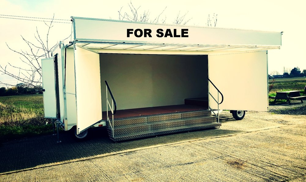7M GRAND PRODUCT DISPLAY TRAILER.jpg