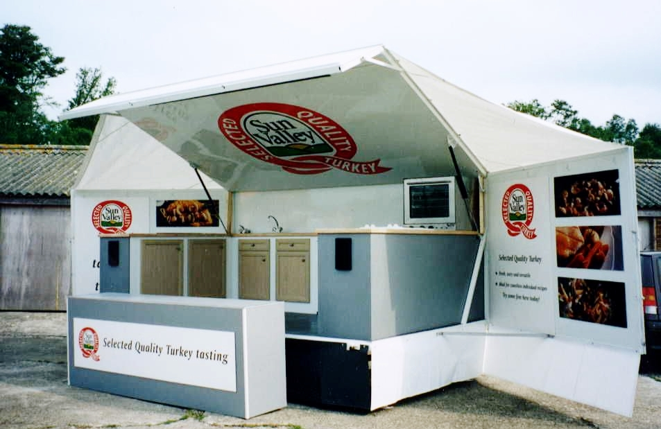 Exhibition trailers | Display Trailers | Promotional Vehicles | Marketing trucks