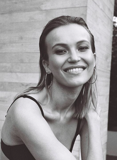 Model: Agata Danilova  Agency: Elite Models  Photographer: Jono Parker  Hair: Maggie Pang  Makeup: Angela Stewart