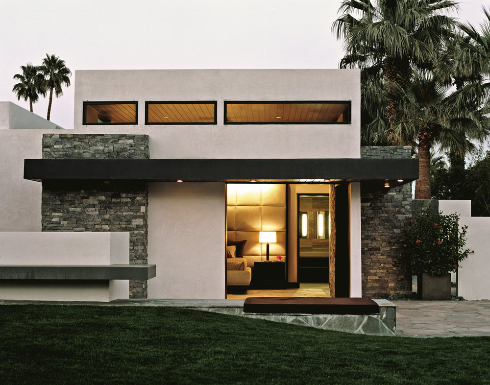 08_palm_springs_mbr_ext.jpg