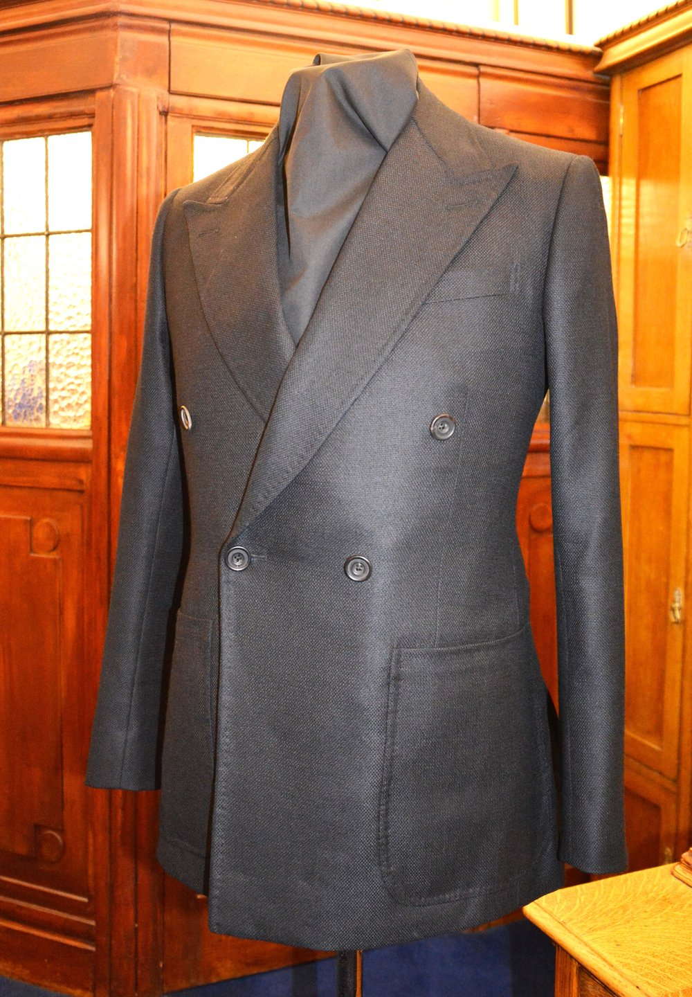 Black blazer.jpg