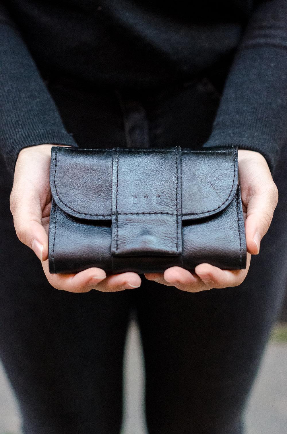 eva wallet -