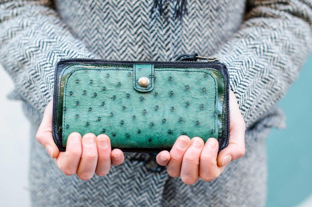 ostrich wallet -